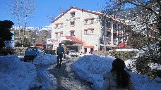 Sagar Resort: hotel front