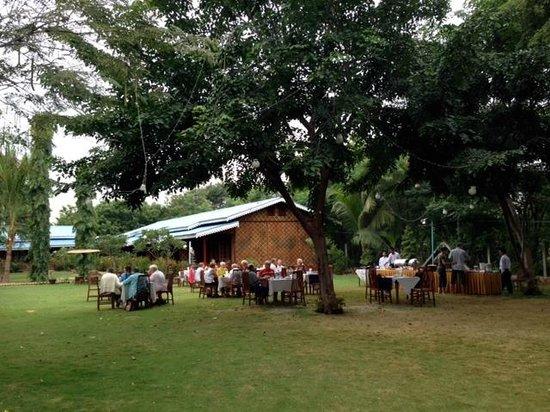 Ruby True Hotel : Garden, where breakfast is served