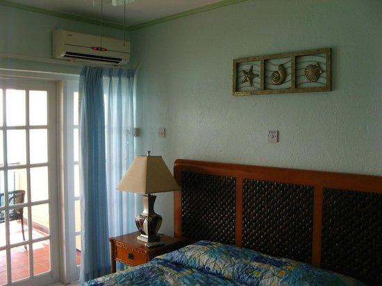 """South Gap Hotel: Ar condicionado """"salvador da pátria"""""""