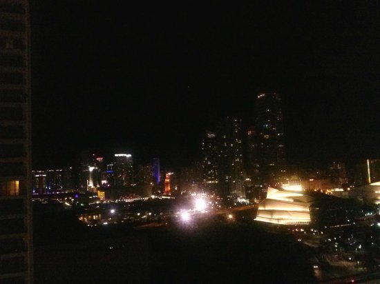 Miami Marriott Biscayne Bay: View at night