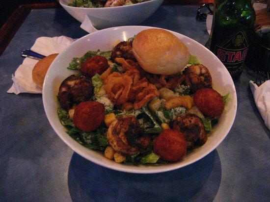 "Zanzibar Restaurant: Salada ""Seasar"" (com camarões)"