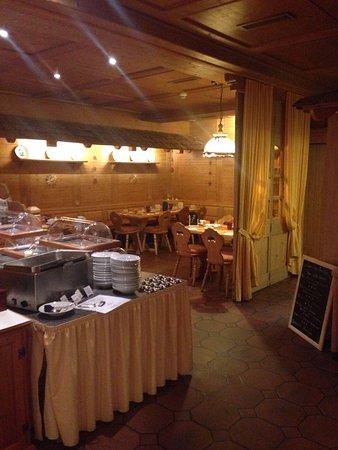 Best Western Hotel Hofgut Sternen: Restaurant