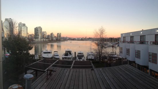 Granville Island Hotel: The view from our room.  Spectacular!