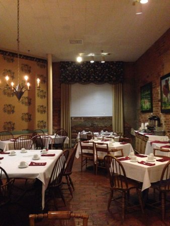 Brookstown Inn: Breakfast room
