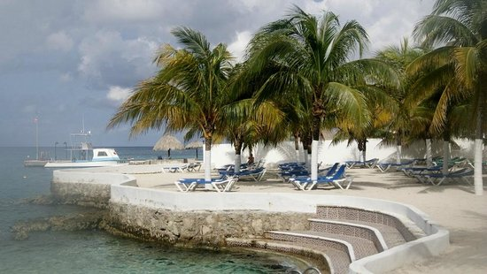 Hotel Cozumel and Resort: Beach front