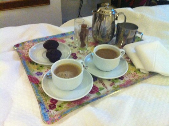 Hotel Amadeus: Our morning coffee...