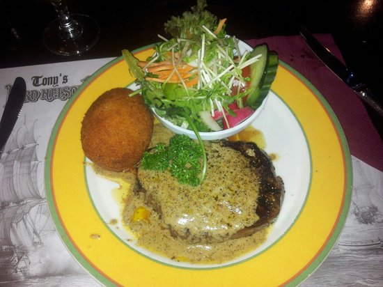 Tony's Lord Nelson Restaurant: Scotch fillet napoleon
