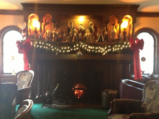 The Stonehurst Manor: The warming grand fireplace