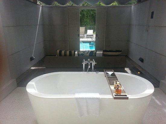 Amara Sanctuary Resort Sentosa: Larkhill terrace suite.