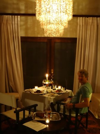 Dulini Lodge: Surprise Romantic Dinner in Our Room