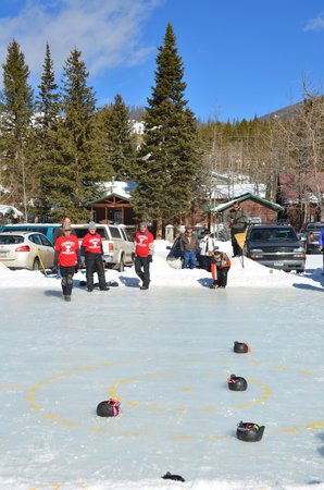 Western Riviera Lakeside Lodging & Events: Teapot Curling at Winter Carnival