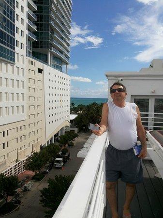 Townhouse Hotel: Na cobertura do hotel tem uma area bem interessante que tem vista para o mar