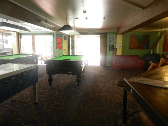 The Arts Factory Backpackers Lodge: Lounge