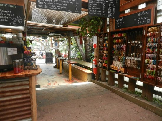 The Arts Factory Backpackers Lodge : Cafe