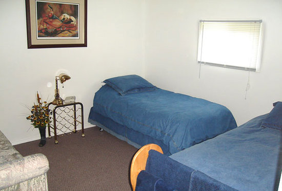 Bridgeview Bed & Breakfast: Our Country Style room