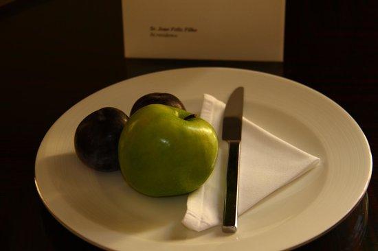 Mandarin Oriental, Prague: Frutas todos os dias