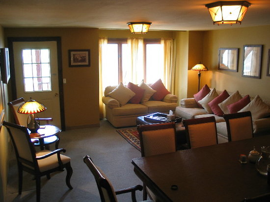 Abbett Placer Inn  Updated 2018 B&b Reviews & Price. Grey Walls Living Room Ideas. Wood Beams In Living Room. 4 Piece Living Room Set. Interior Design Living Room Pictures. Best Live Chat Room. Ideas For Small Living Room Space. Ideas For Decorating Living Room. Color Schemes For Living Room With Brown Furniture