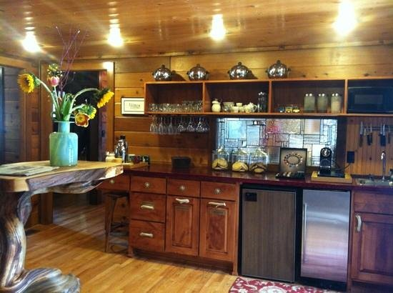 Good Medicine Lodge : Espresso/Cookie Bar