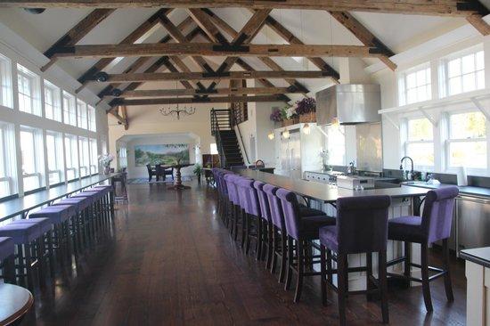 Cellardoor Winery: Cellardoor Vineyard - Banquet hall