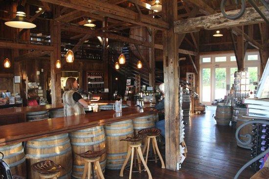 Cellardoor Winery: Cellardoor Vineyard - Tasting Room