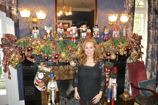 Ballastone Inn: Festive and Magical!