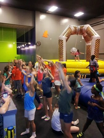 Party Planet Xtreme : Dance Party!!