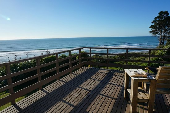 Breakers Boutique Accommodation: view from room