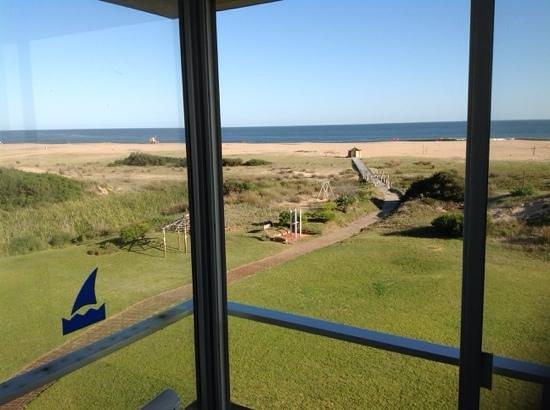 Las Dunas Hotel: excelente vista al parque y al mar.