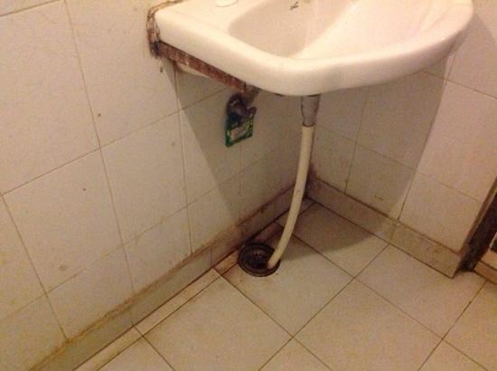 Hotel Valentine : bathroom
