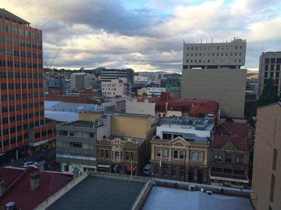RACV/RACT Hobart Apartment Hotel: View of Hobart