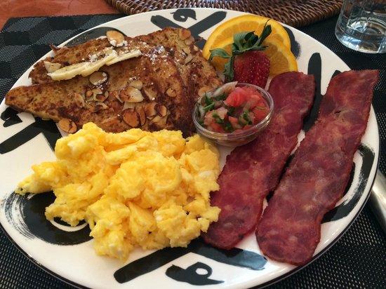 Sponge Acres Bed and Breakfast: Breakfast