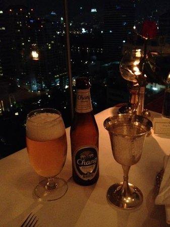 Rang Mahal Restaurant: window table