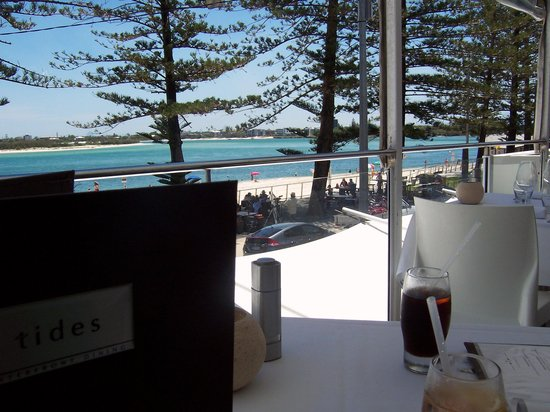Tides Waterfront Dining: Great view