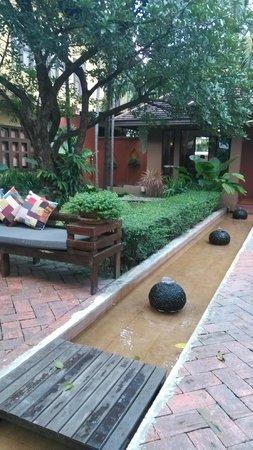 Oasis Spa Lanna: garden