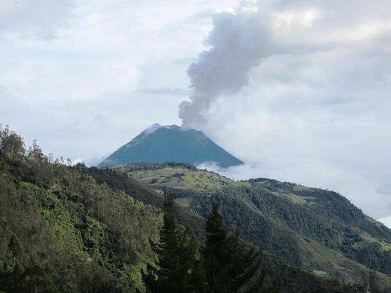 Hacienda Manteles : Volcano Tungurahua