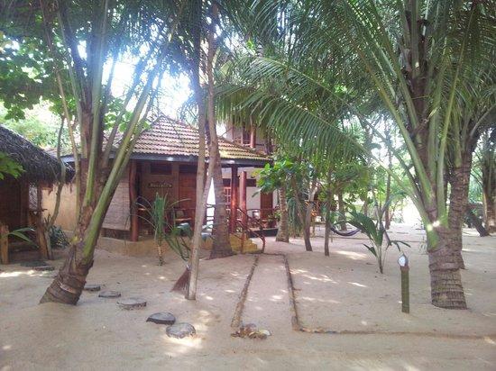 Ganesh Garden Beach Cabanas: Beach cabanas