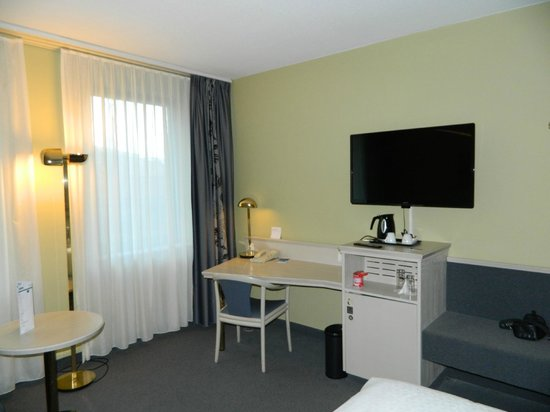 Four Points by Sheraton Brussels: room