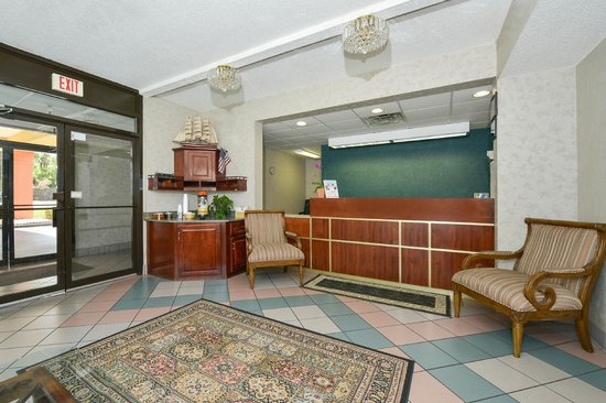 Americas Best Value Inn Hinesville - Ft. Stewart: Lobby