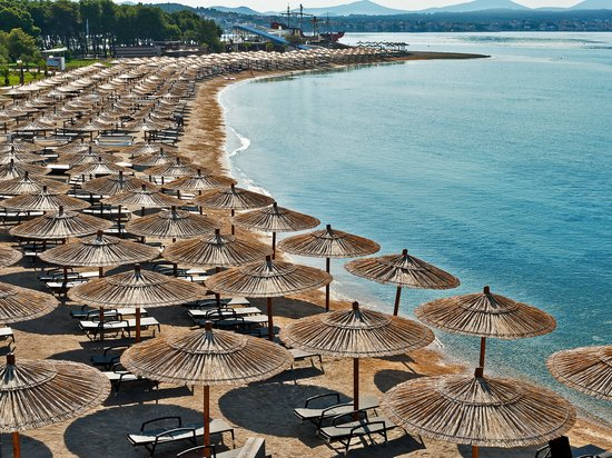 Solaris Beach Hotel Jakov: Solaris Beach Resort sand beach