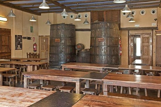 Sidreria Begiris: Interior