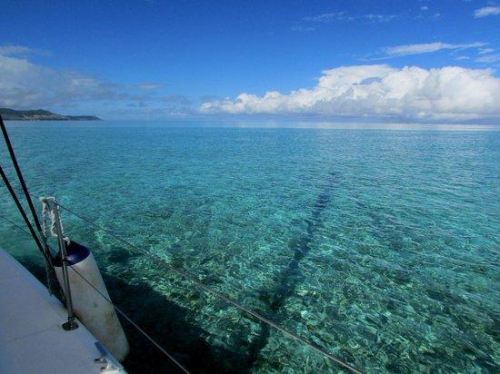 Preskil Beach Resort: turquoise water of the lagoon
