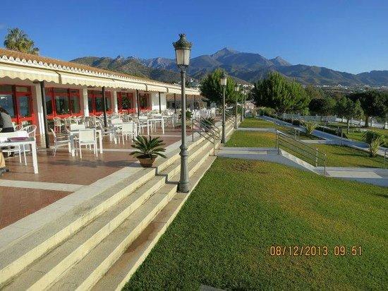 Parador de Nerja: Gran terraza exterior al sol