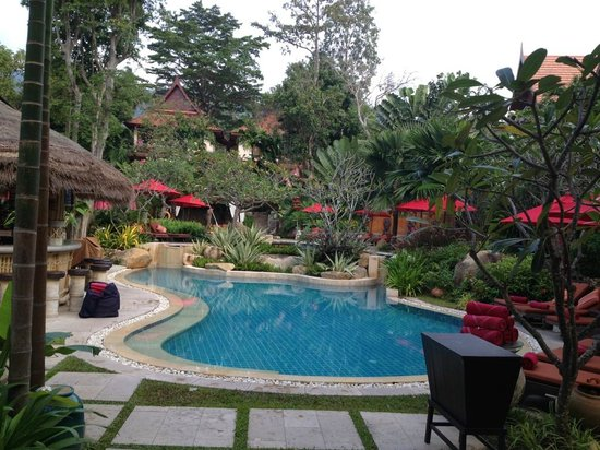Rocky's Boutique Resort : One of the pool and bar areas