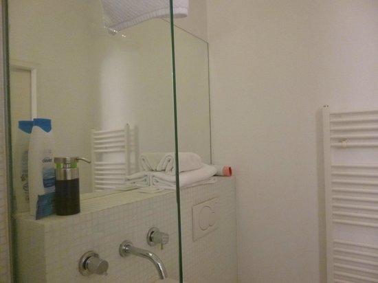 Apartments Maximillian: Bathroom