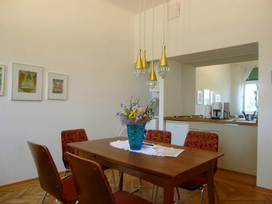 Apartments Maximillian: 1BR kitchenette