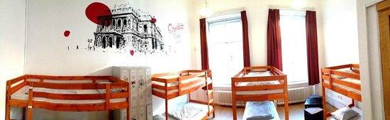 Adagio Hostel 1.0 Oktogon: 8 Bedded Dorm