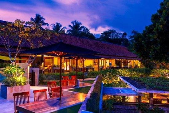 JavaCove Beach Hotel