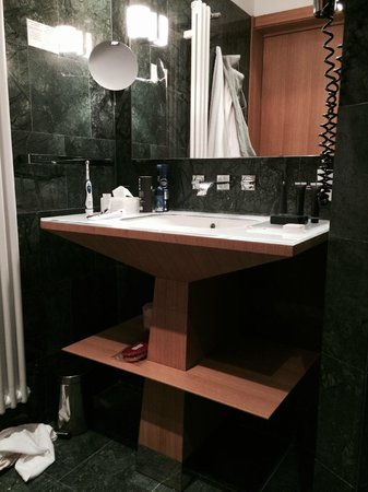 Crowne Plaza Hotel Milan City: best bathroom