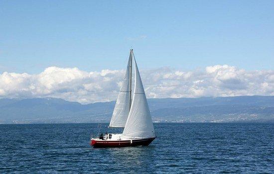 Lac Leman : Парусная яхта на Лемане