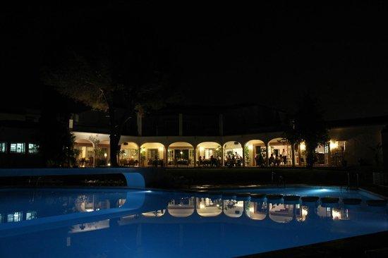 El Paraiso Restaurante & Country Club: Restaurantes en Estepona para Cenas Románticas